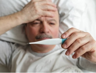 Один из симптомов - резкие перепады температуры от 35 до 40