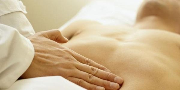 Ощущение боли в области печени - один из маячков, которые говорят о необходимости обрашения к врачу