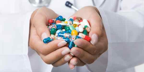 Подбор лечебных комбинаций препаратов оставьте врачам, не стоит делать это самостоятельно