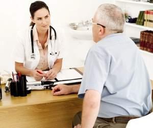 Симптом появляется у людей, которые имеют проблемы с оттоком желчи
